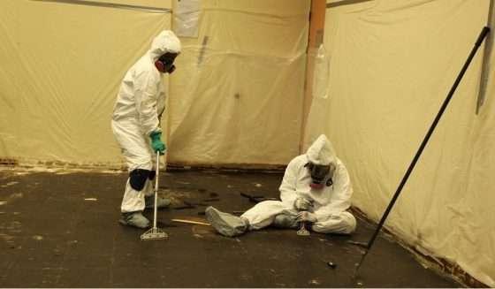 removing-asbestos-material