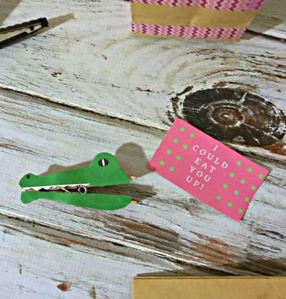 DIY Valentines Day Crocodile Treat Bags