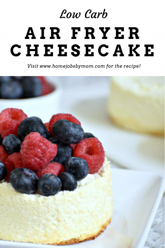 Low Carb Crustless Cheesecake