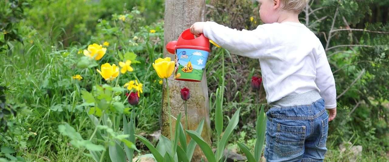 Summer Outdoor Activities to Help Your Child Develop Motor Skills