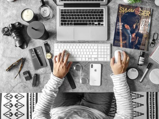 Why You Should Connect With Bloggers To Promote Your Business