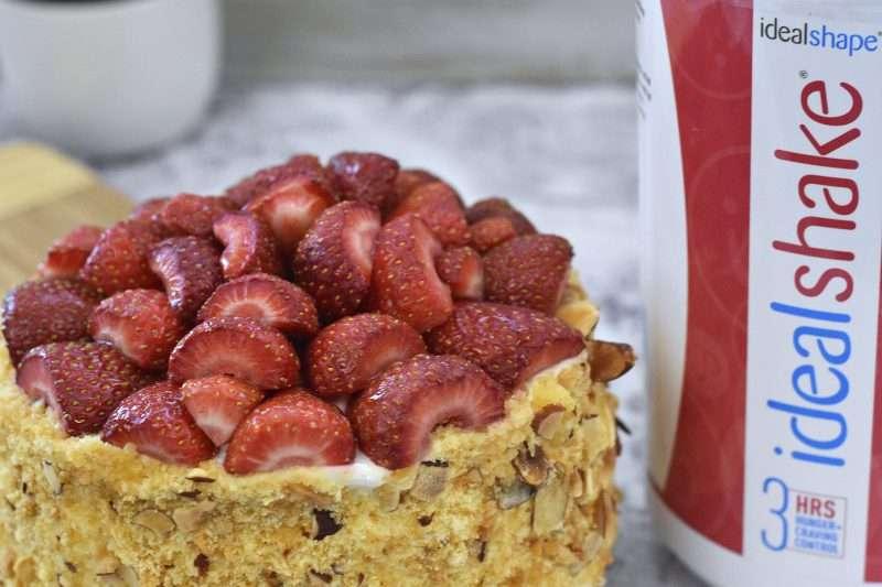 strawberry cake with idealshape